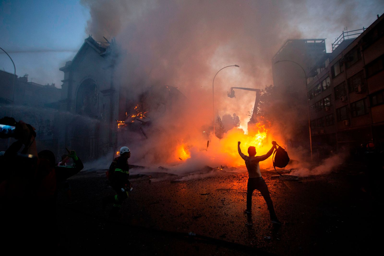 TOPSHOT-CHILE-CRISIS-PROTEST-ANNIVERSARY