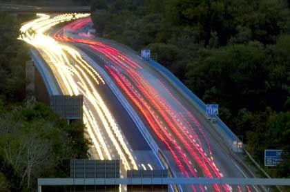 """Autobahn: """"Mit einer Gebühr die Verkehrsströme lenken"""""""