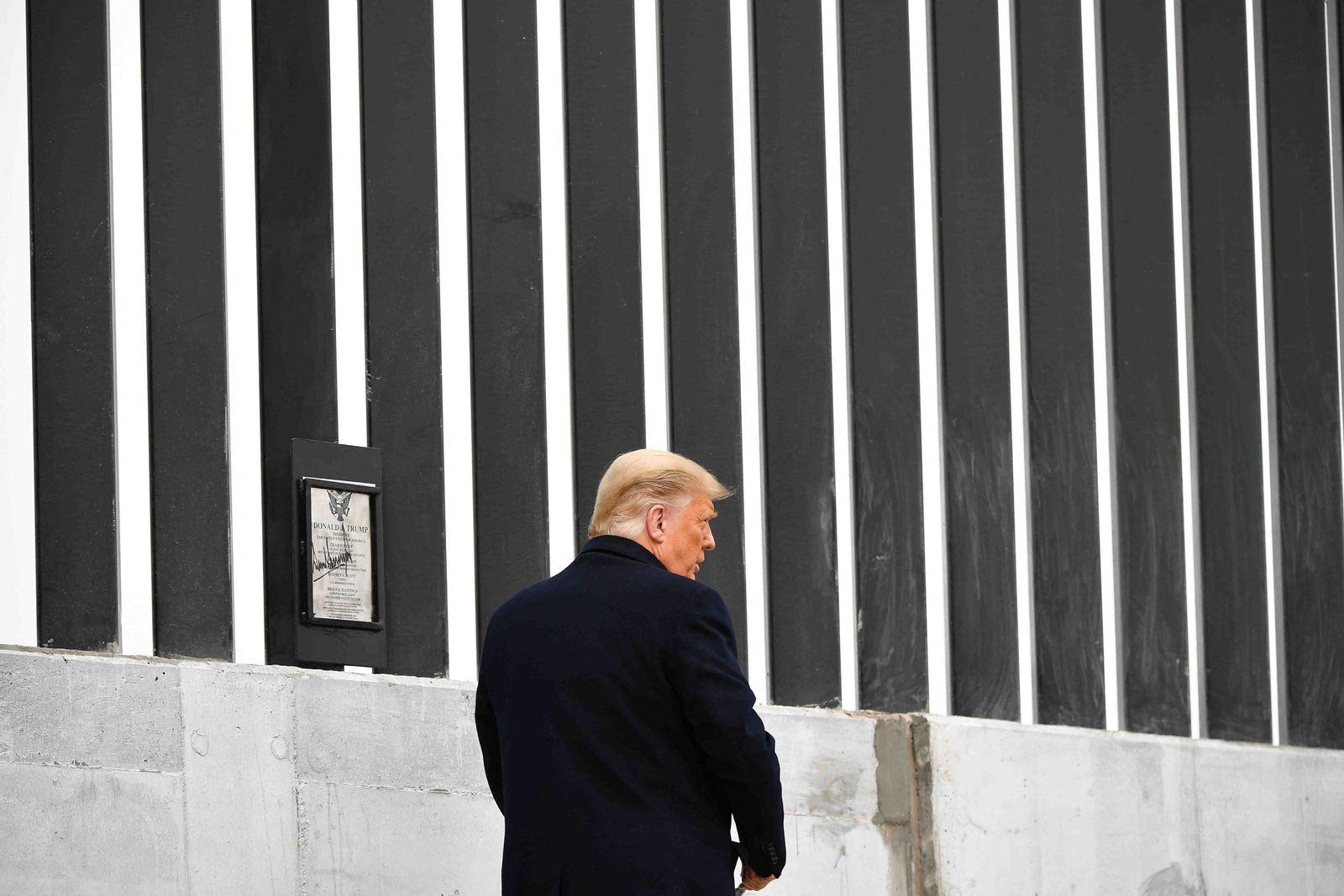 FILES-US-POLITICS-IMMIGRATION-TRUMP
