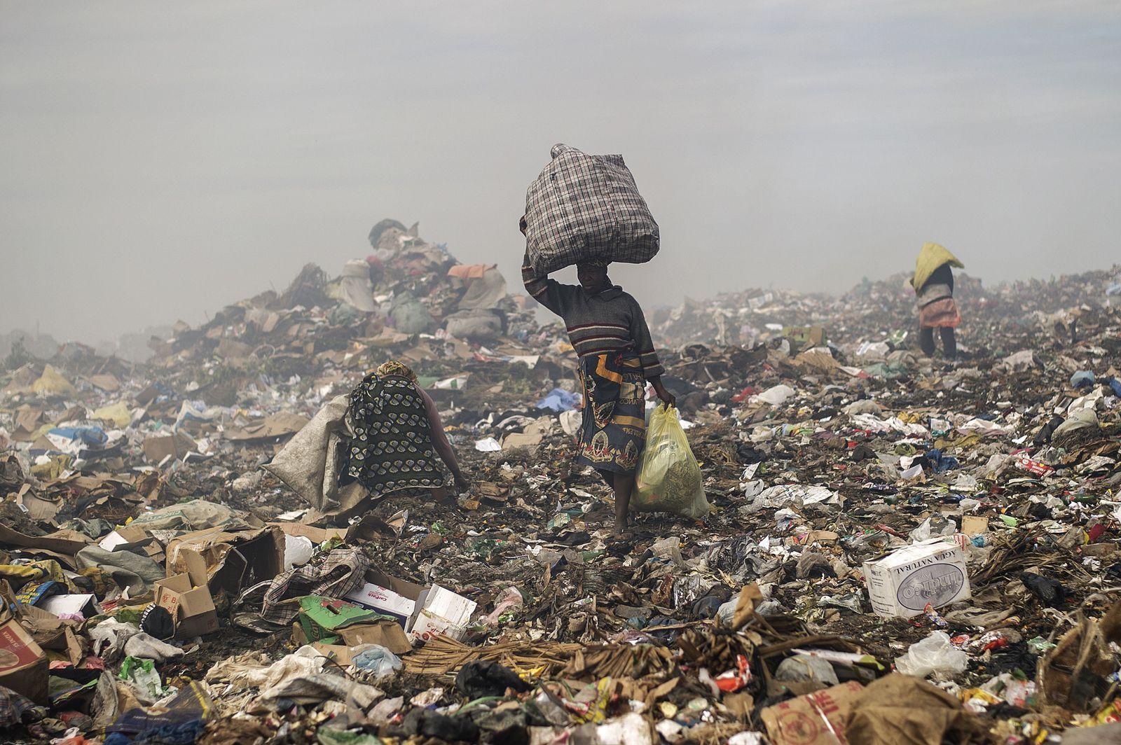 Mosambik/ Müllkippe