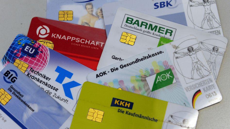 Krankenversicherungskarten (Archivbild)