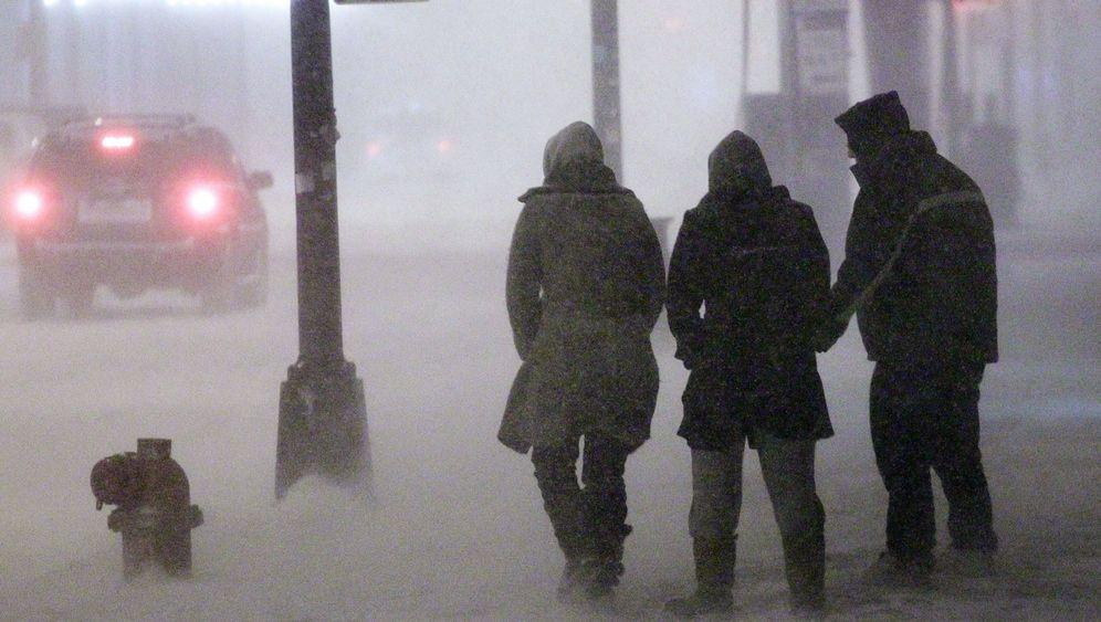 Von Texas bis Maine: Schneesturm eist USA ein
