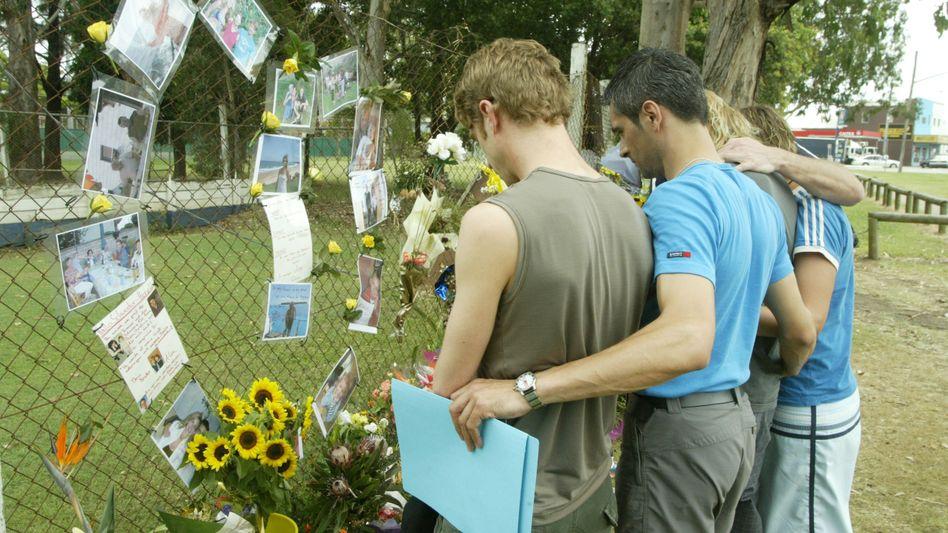 Lismore in Australien (2005): Angehörige trauern um die getötete Simone Strobel aus Unterfranken