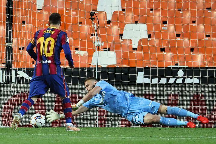 Den Elfmeter von Messi kann Cillessen noch abwehren, danach war er aber chancenlos