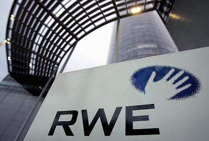 RWE-Firmensitz in Essen: Der zweitgrößte deutsche Energiekonzern beugt sich Brüssel