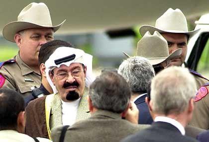Saudi-Arabiens Kronprinz Abdullah in Texas: Die Amerikaner schauen den Saudis genauer auf die Finger