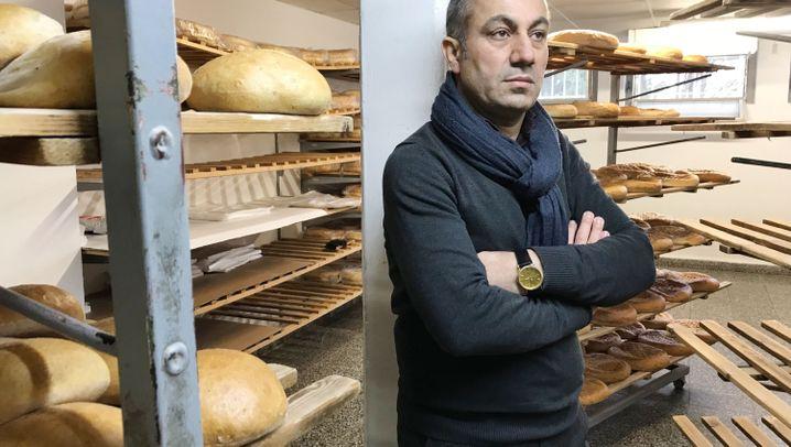 """Schmierereien an kurdischer Bäckerei: """"Das ist ein richtiger Angriff auf uns"""""""