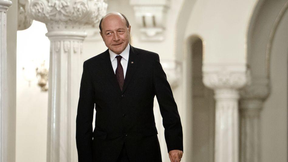 Präsident Basescu: Der Staatschef bleibt im Amt