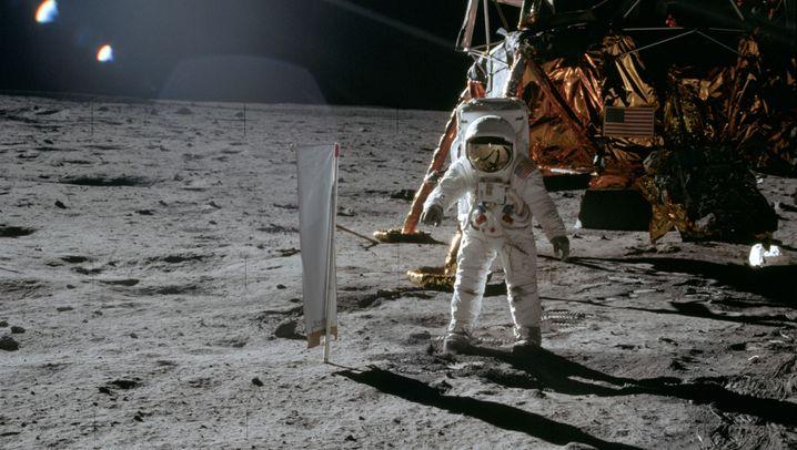 """Experiment bei """"Apollo""""-Missionen: Ein Segel auf dem Mond"""