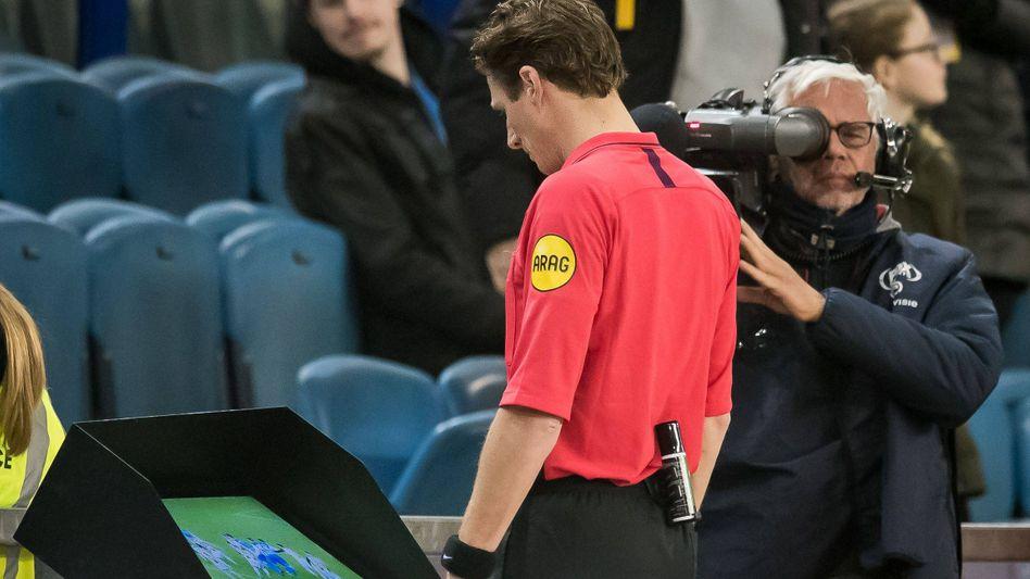 Schiedsrichter Martin van den Kerkhof