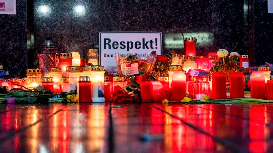 Kerzen in Hanau: Wissen von ExptertInnen kann helfen