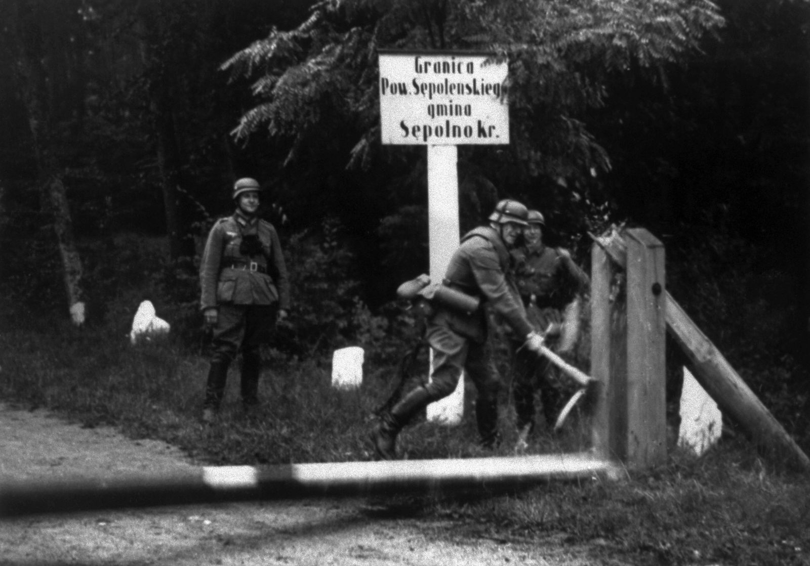 German Soldiers at Polish Gate