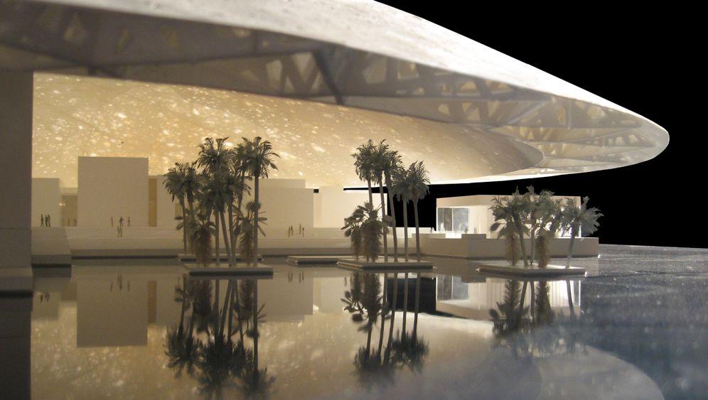 Abu Dhabi: Ausrufezeichen im Wüstensand