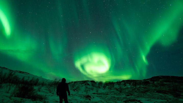 Sonnensturm: Nordlichter über Skandinavien