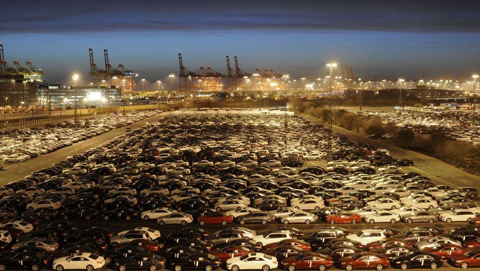 Exportautos in Bremerhaven: Deutsche Waren sind in der Welt gefragt