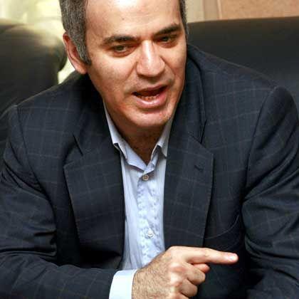 Putin-Kritiker Kasparow: Am Flughafen in Moskau festgehalten