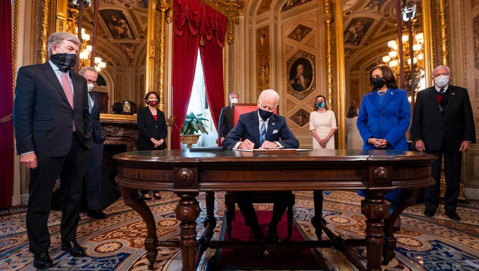 Joe Biden am (20. Januar) im US-Kapitol