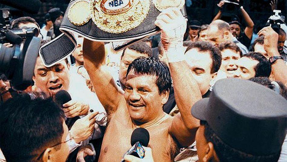 Boxchampion RobertoDurán im Juni 2000: Angeschlagene Lunge