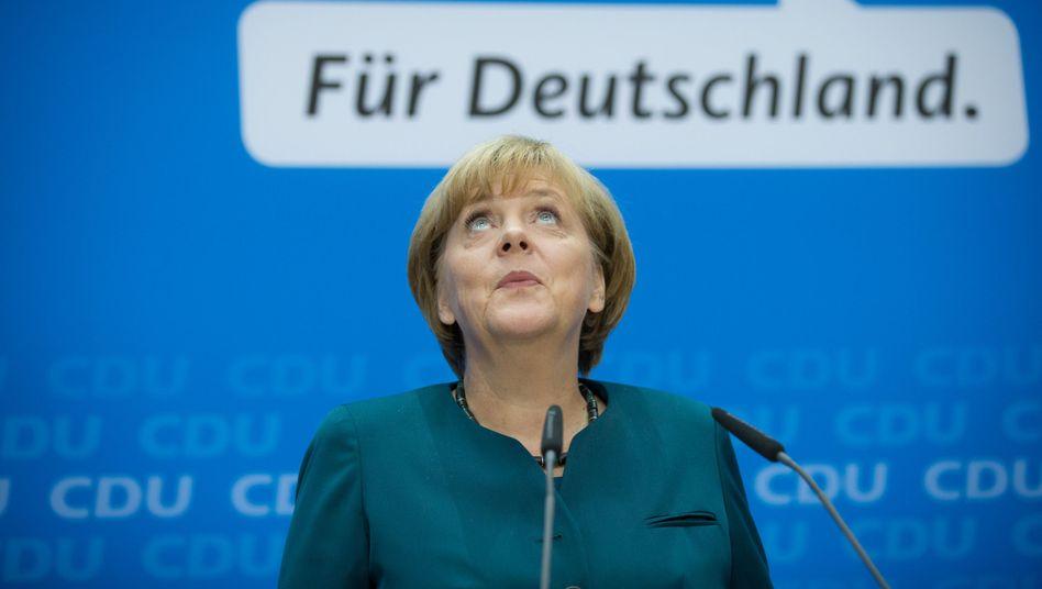 """Bundeskanzlerin Angela Merkel (CDU): """"Erster Kontakt"""" mit SPD-Chef"""