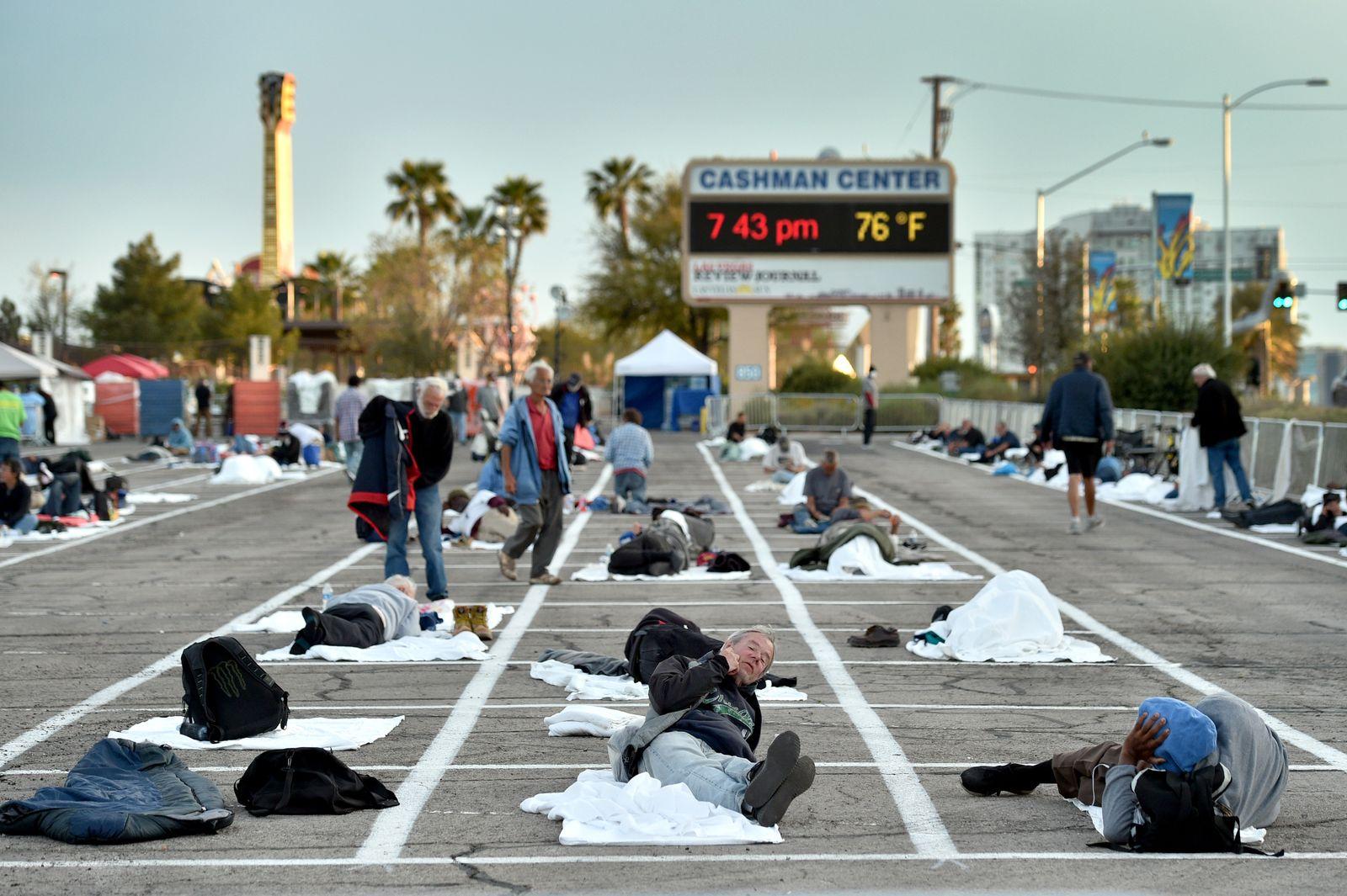 Las Vegas parking lot turns into shelter for the homeless amid coronavirus pandemic, USA - 31 Mar 2020