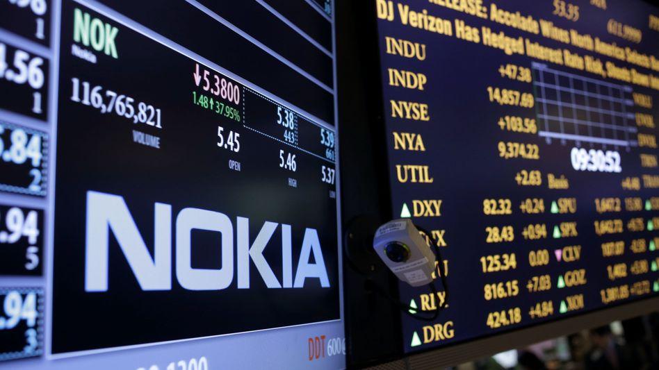 Handel mit Nokia-Aktien in New York: Der Verkauf füllt dem Konzern kräftig die Kassen