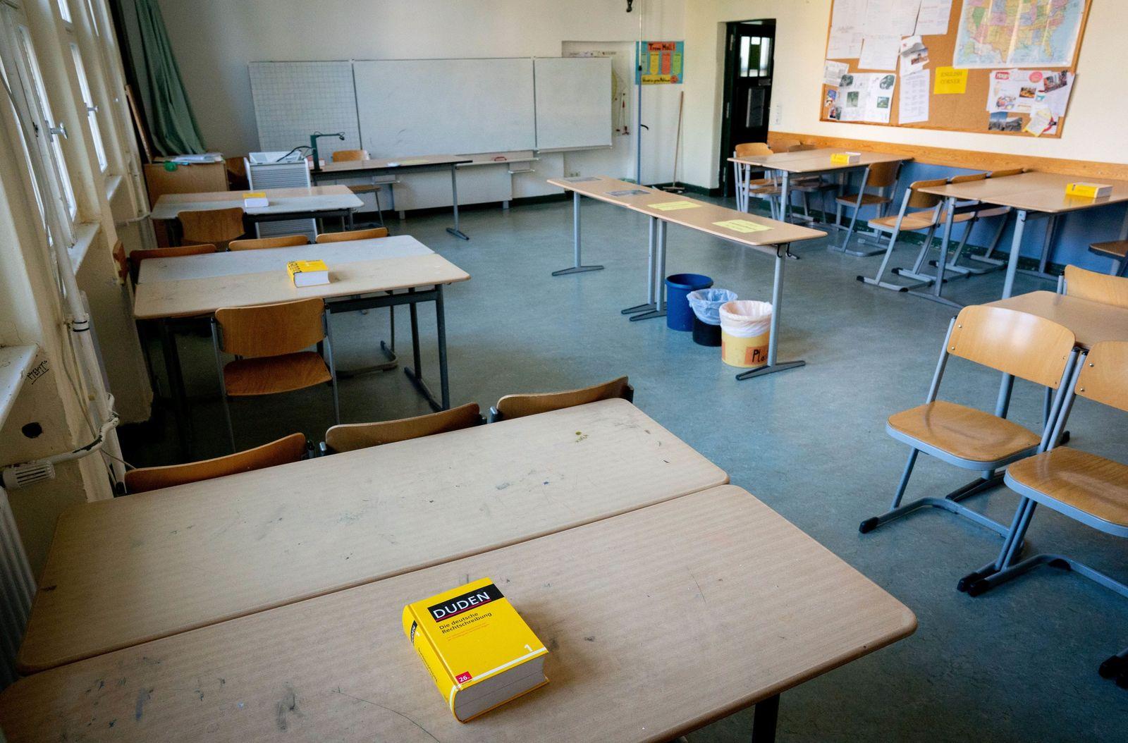 Debatte nach GEW-Vorstoß Absage der Abiturprüfungen