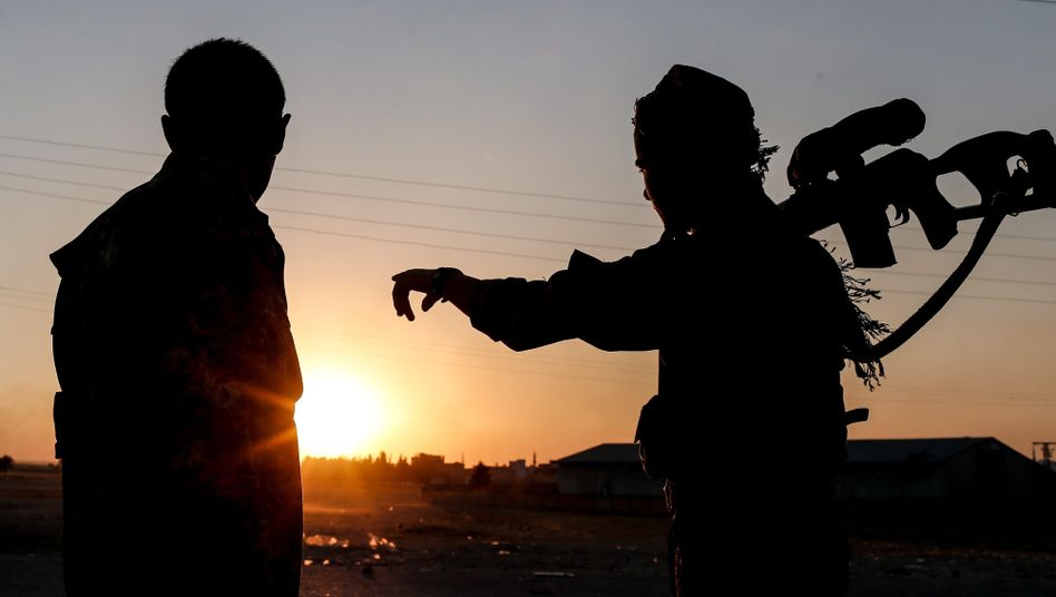 Berichte über Waffenlieferungen aus den USA: Mitglieder der kurdisch-syrischen YPG