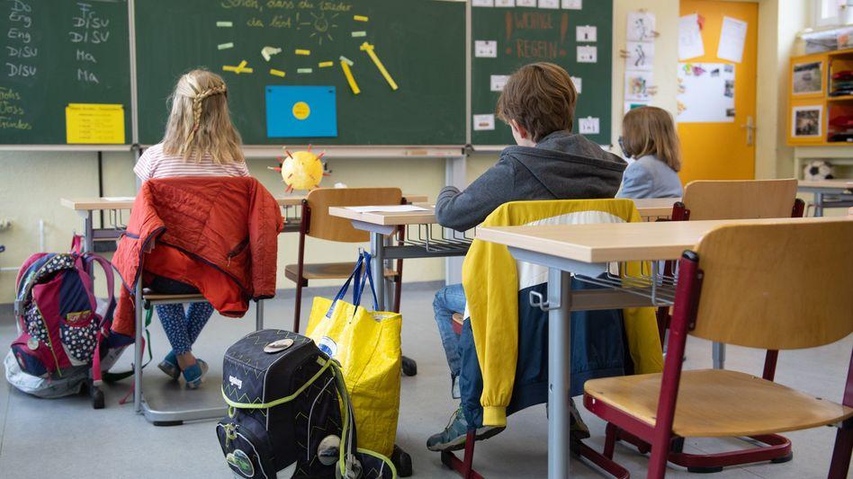 Eingeschränkter Unterricht in Sachsen: Ab Montag gibt es für Grundschüler in Sachsen wieder Unterricht im gewohnten Klassenverband