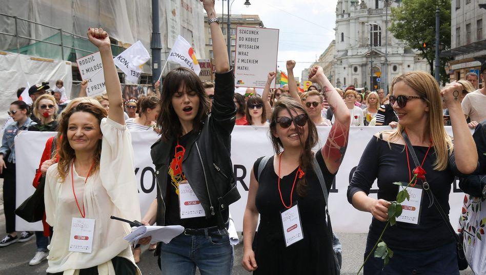 Demonstranten in Warschau