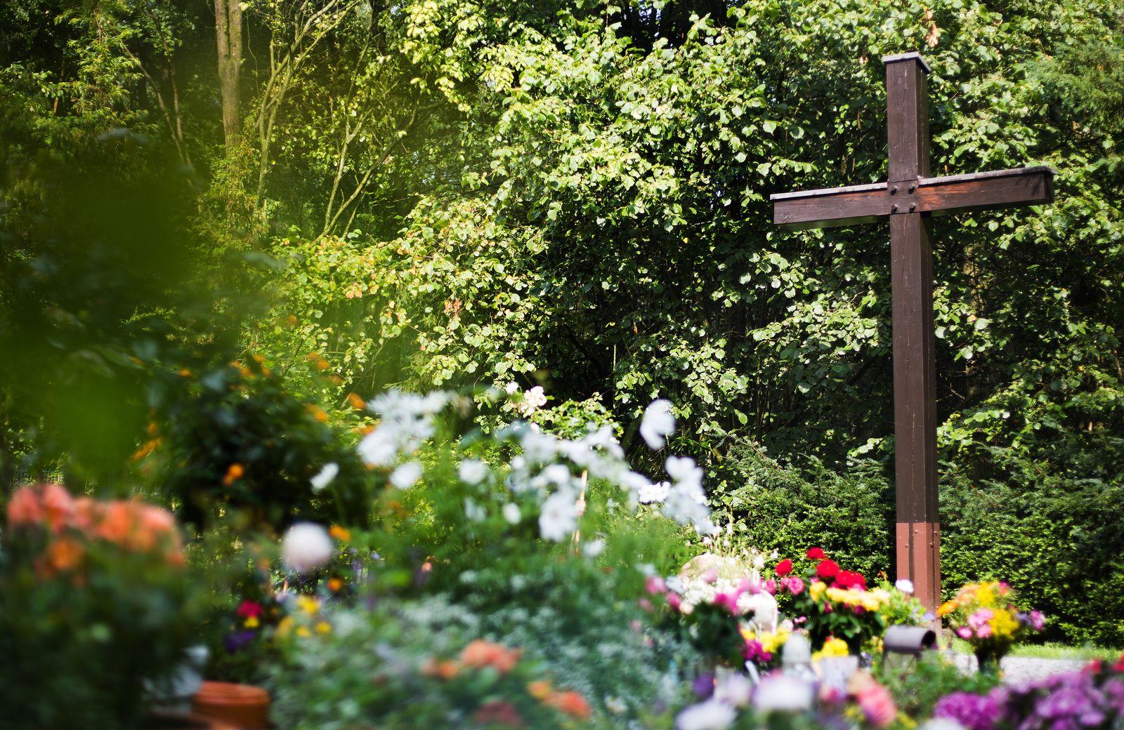 Haltern Am See / Friedhof / Gedenkstätte / Germanwings