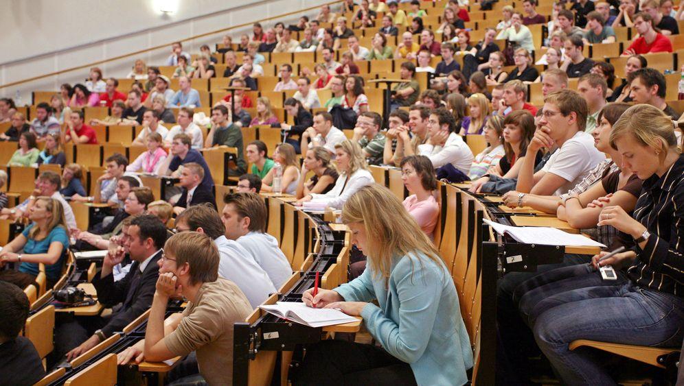 Studentenflut: Wie viele studieren was?