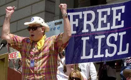 Thompson bei einer Demonstration in Colorado (2004): Ewiger Rebell und Outlaw-Moralist