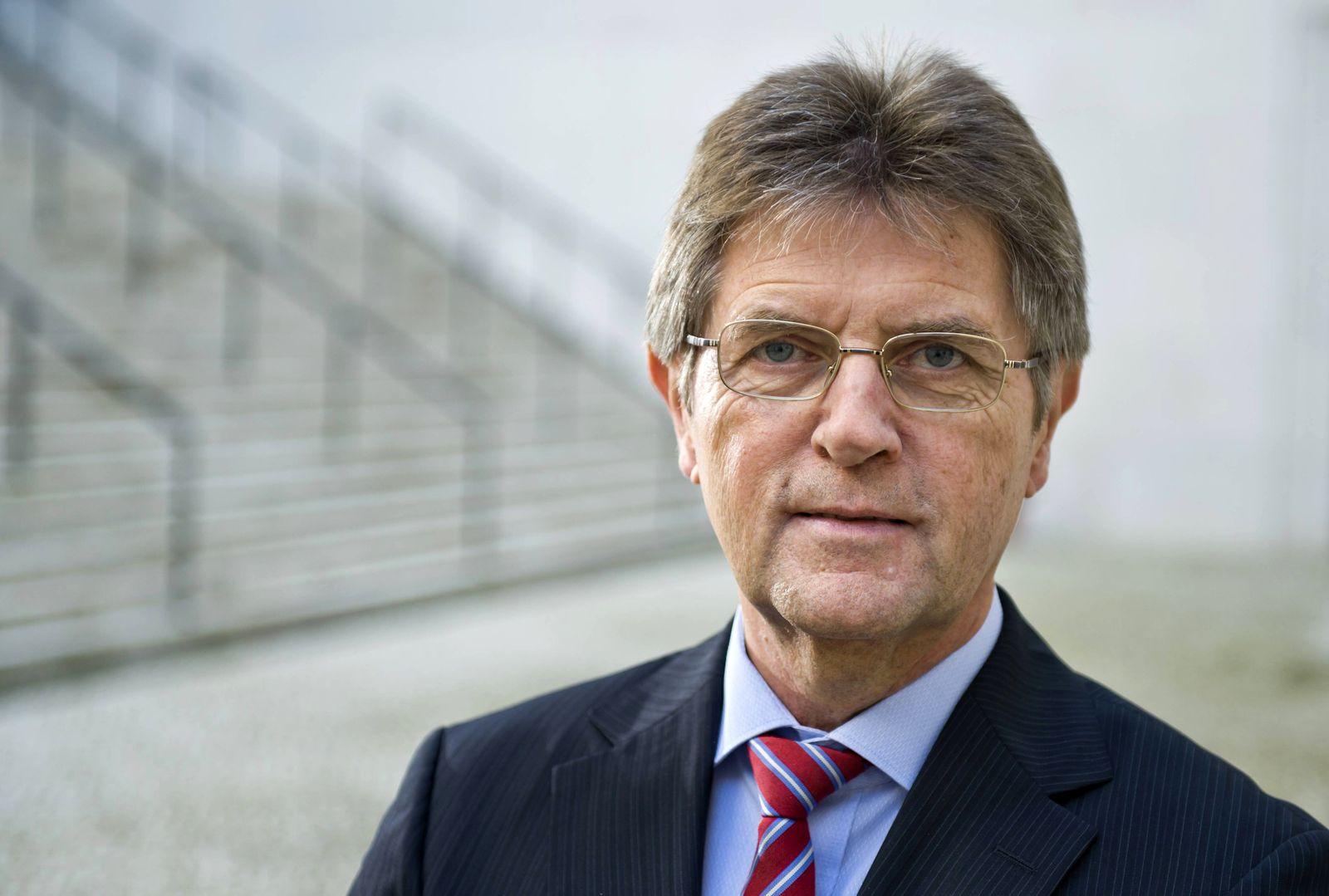 EINMALIGE VERWENDUNG Klaus Vitt