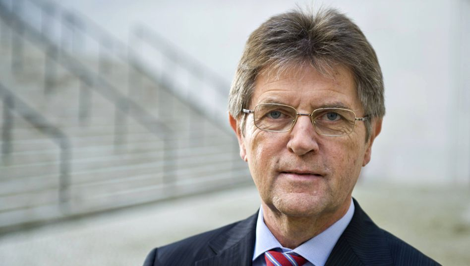 """""""Alles auf den Prüfstand"""": Staatssekretär Klaus Vitt aus dem Bundesinnenministerium"""