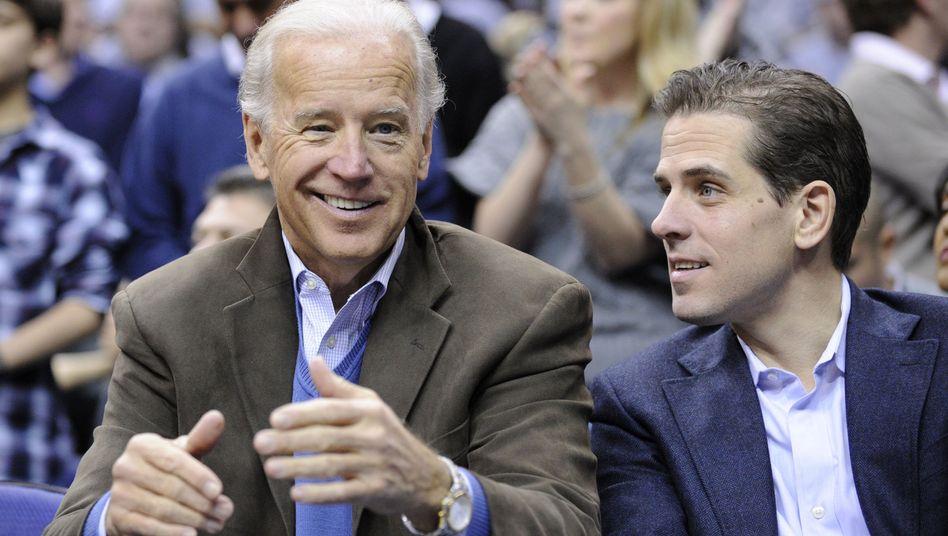 Joe Biden mit seinem Sohn Hunter, im Jahr 2010