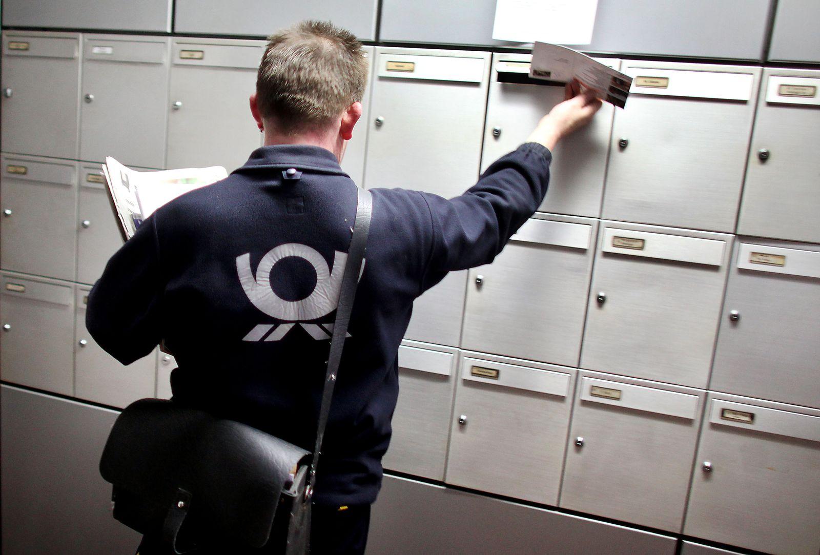 Deutsche Post - Postbote
