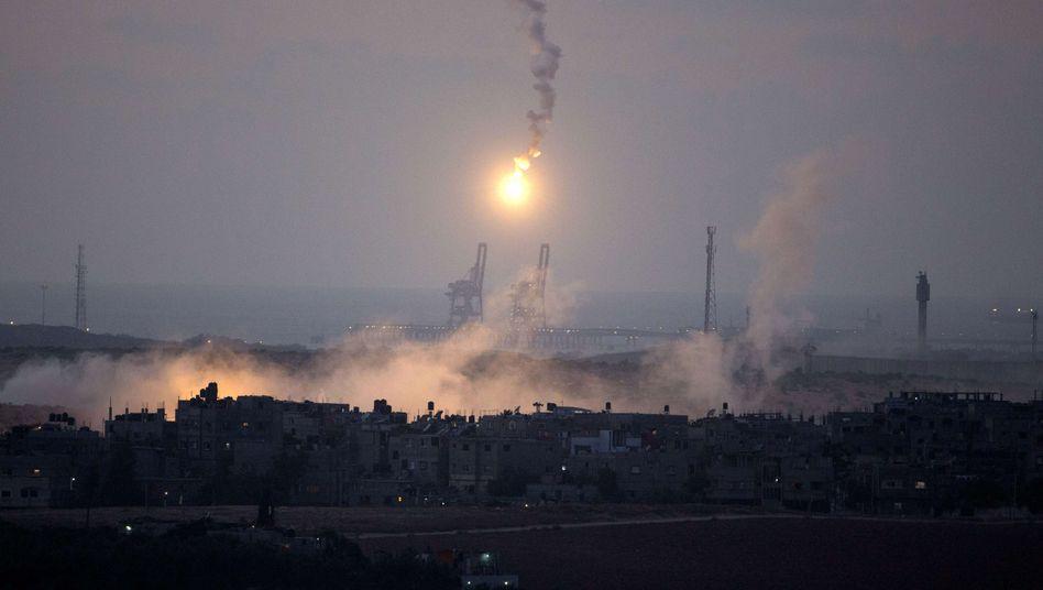 Nahost-Konflikt: Israel akzeptiert Waffenruhe - Hamas lehnt ab