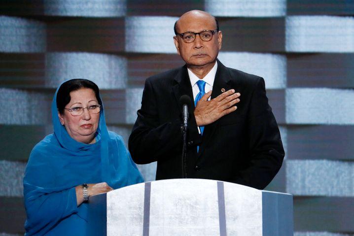 Von Trump attackiert: Muslimische US-Soldateneltern Khizr und Ghazala Khan