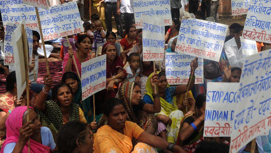 """Proteste gegen Novartisin Indien (Archivbild von 2012): """"Das Urteil wird Leben retten"""""""