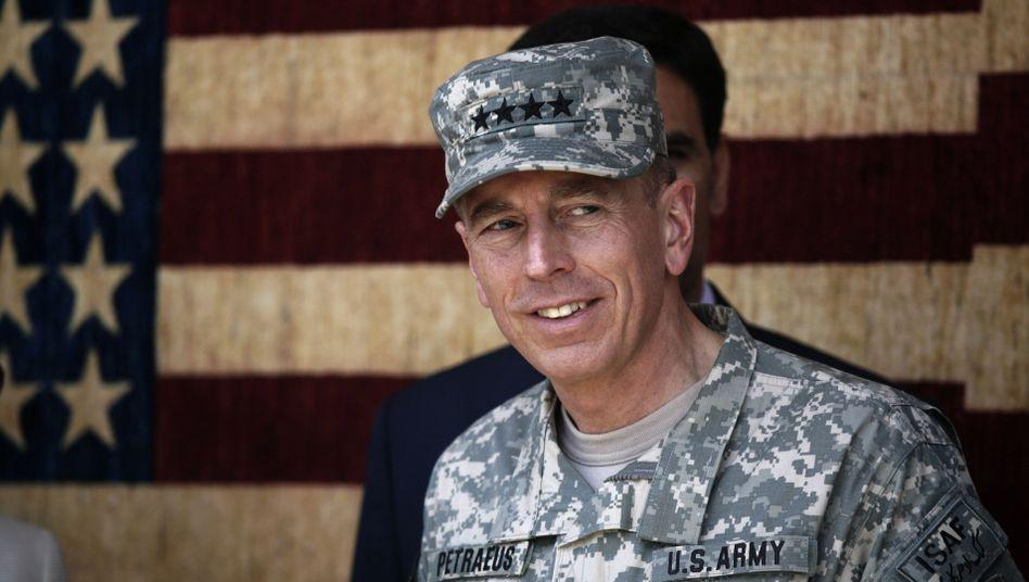 Kampf gegen Taliban: Petraeus stellt schnellen Abzug aus Afghanistan in Frage