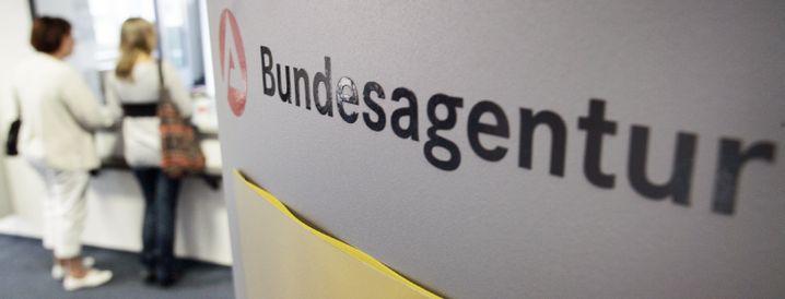 Arbeitsagentur in Hamburg: Mehrkosten treffen nicht nur den Bund