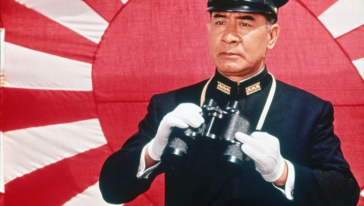 """""""Militainment"""": """"Militainment"""" - so sieht das Militär in Filmen gut aus"""