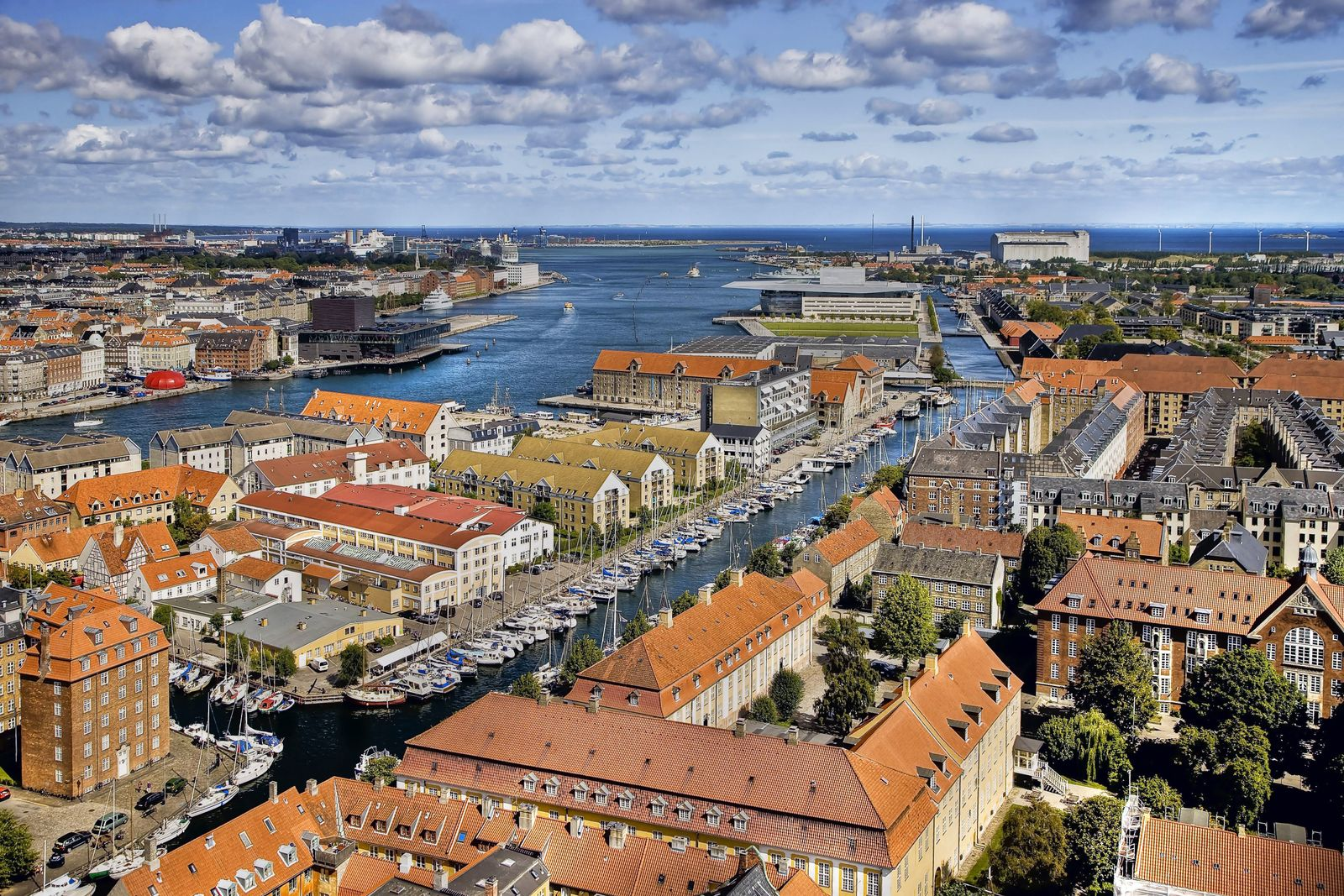 EINMALIGE VERWENDUNG Kopenhagen / Hafen / Stadtansicht / Skyline