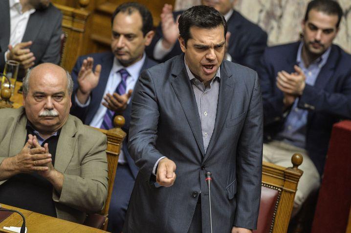 Tsipras im griechischen Parlament: Angst vor dem Grexit