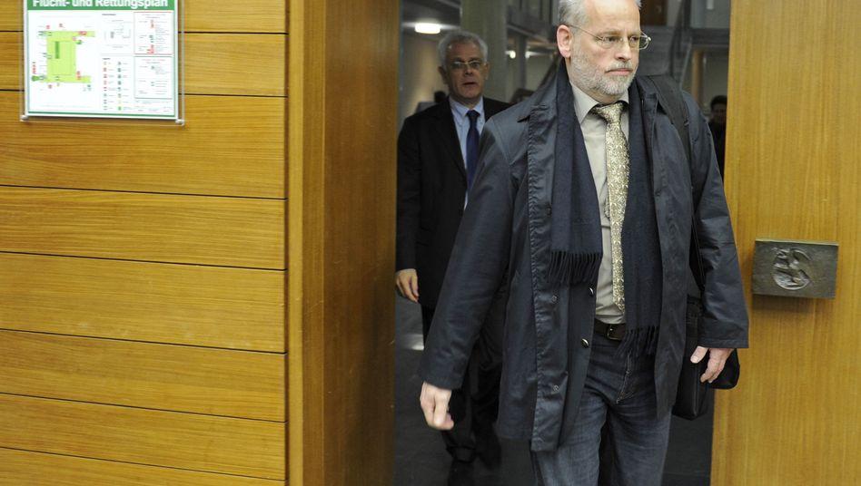 Der suspendierte Rosenheimer Polizeichef im Gericht: Elf Monate auf Bewährung