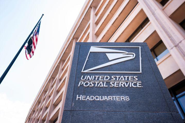 Zentrale der US-Post in Washington DC: Wer gewinnt den Kampf um die Briefwahl?