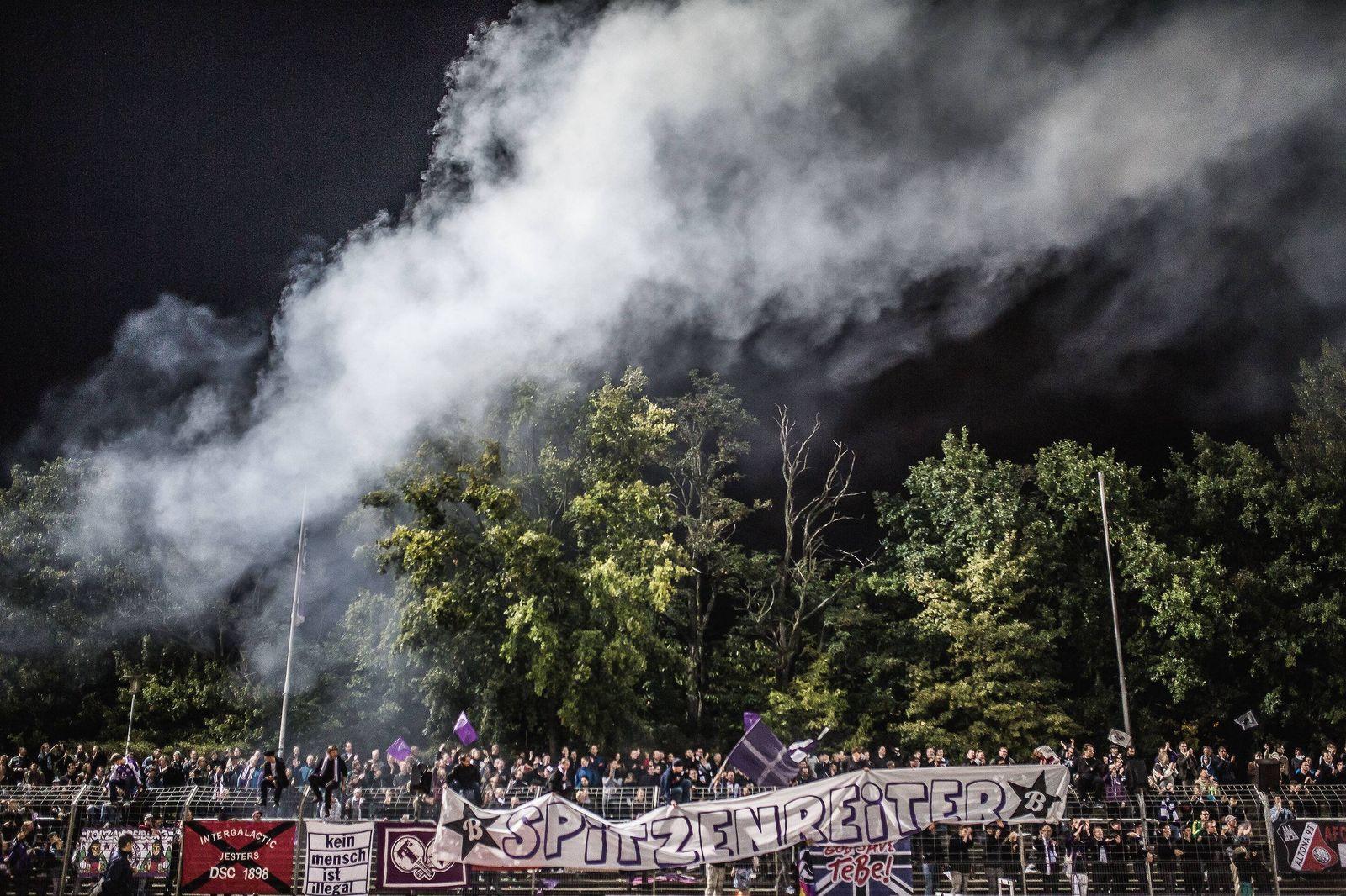 EINMALIGE VERWENDUNG Mommsenstadion/ Tennis Borussia Berlin