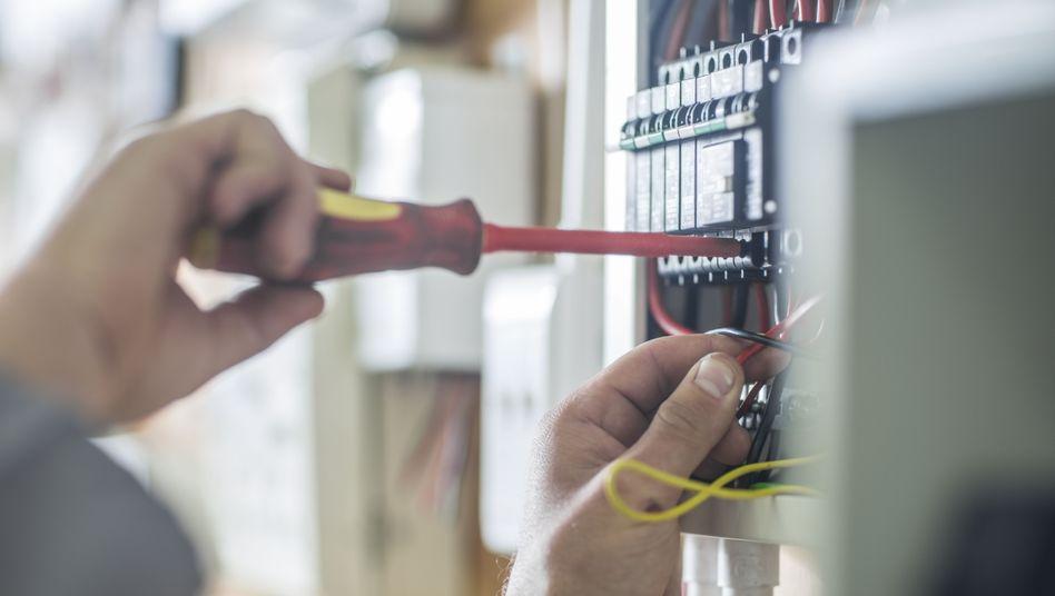Arbeitsmarktreport 2019: Elektroniker gefragter als Pfleger und Programmierer