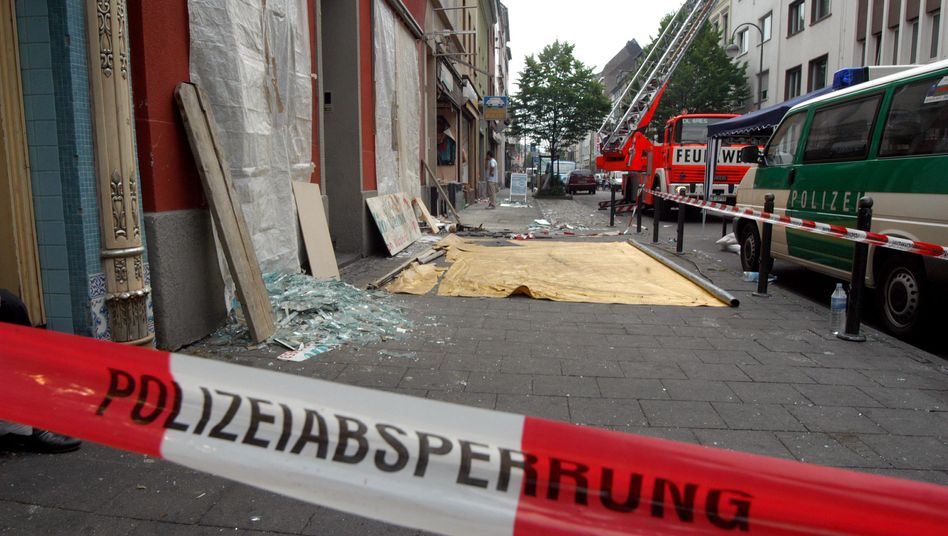 A 2004 bombing in Cologne, which appeared to target the Turkish community, is now believed to have been the work of the Zwickau cell. Turks in Germany have lost faith in the German state as a result of the series of murders.