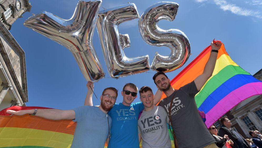 """Referendum über Homo-Ehe in Irland: """"Erdrutschsieg der Liebe"""""""